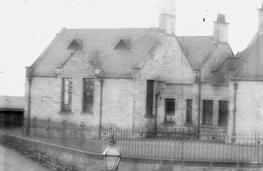 1905 Auchinraith School2