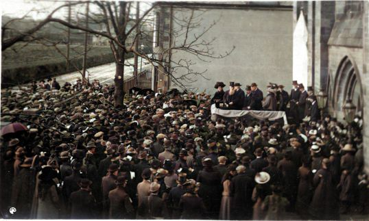 1913 15th March Livingstone Statue unveiling-Colorized