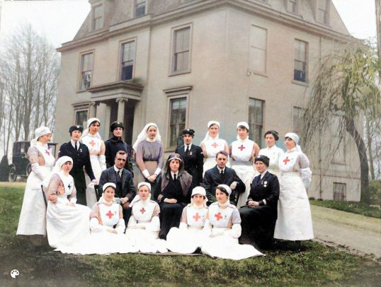 1917 Caldergrove nurses-Colorized