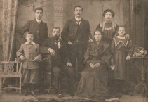 1903 The Russells