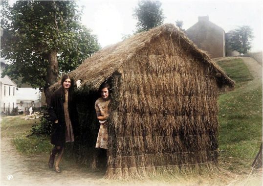 Grass hut at Livingstone Memorial-Colorized