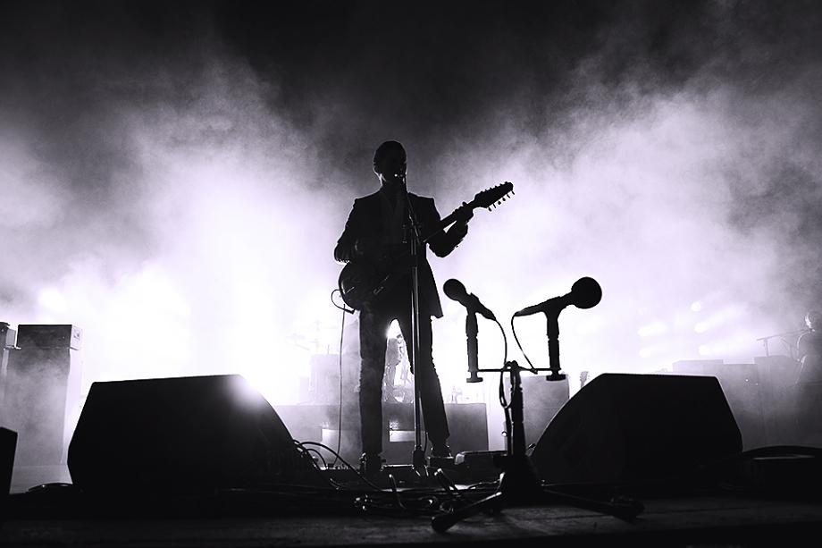 Arctic Monkeys-12