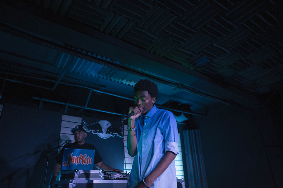 Bishop Nehru-4
