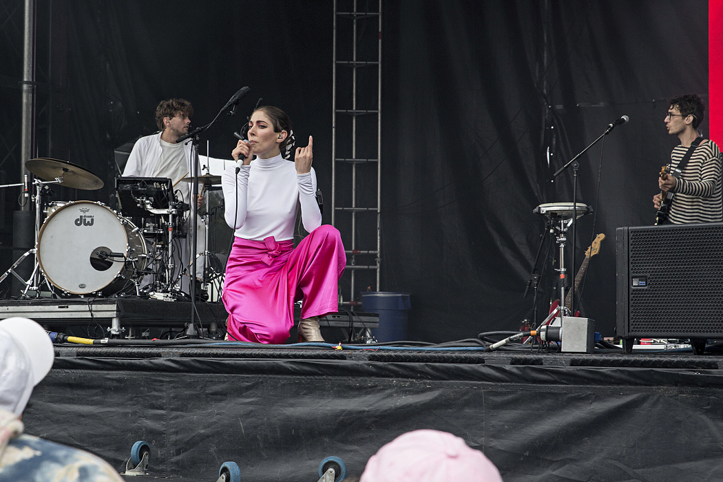 chairlift-the-meadows-nyc-2