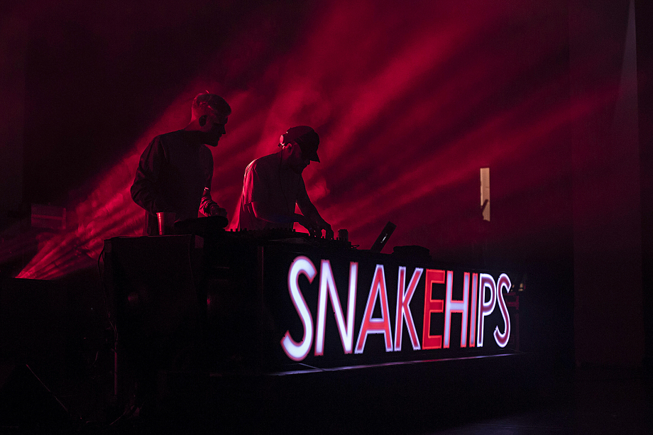 snakehips-danforth-music-hall-3