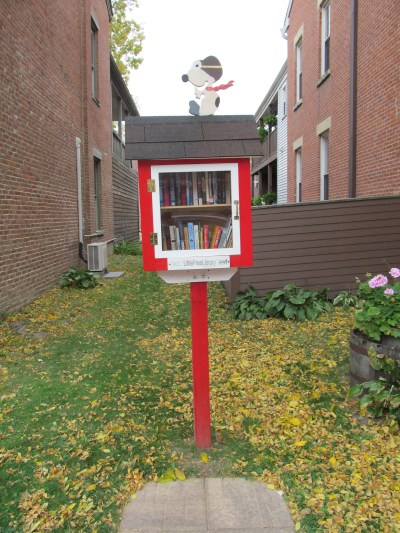 little free library downtown dubuque