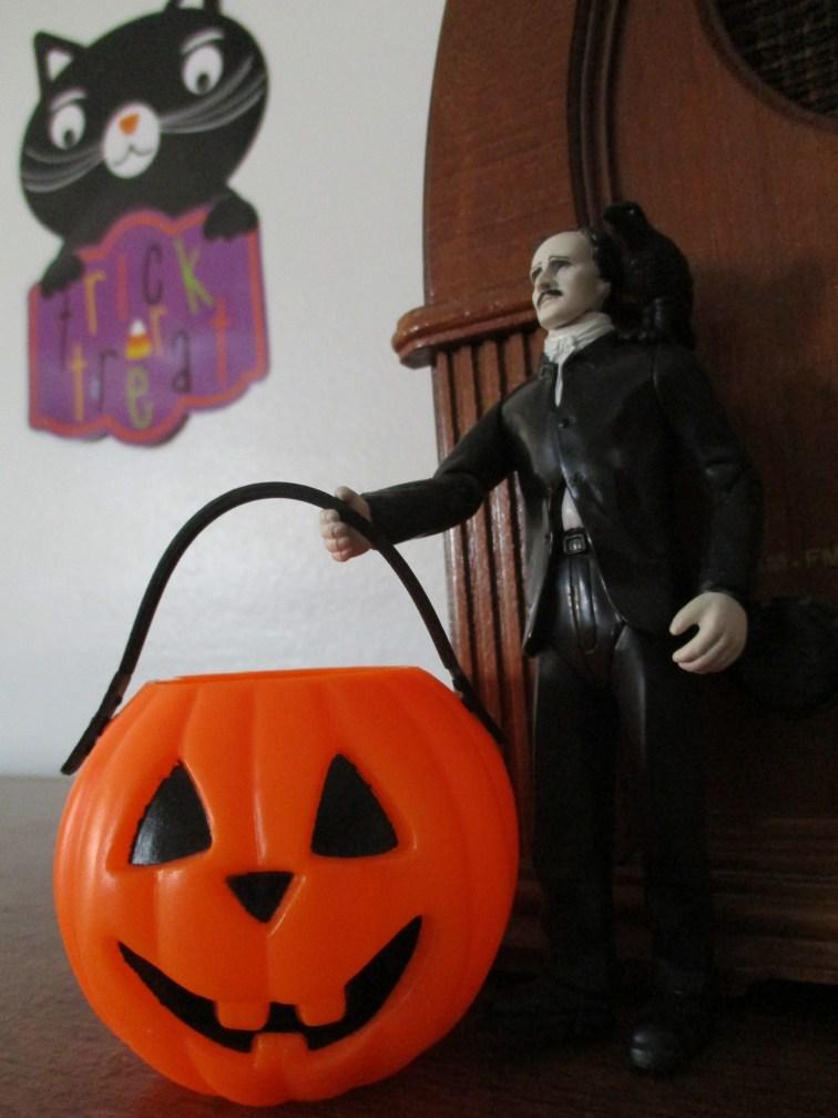 poe pumpkin bucket black cat