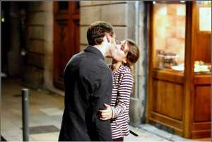 Public displays of affection are a pretty common sight around the streets of Barcelona. Media credit/mmoorr via Flickr