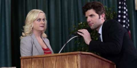 Leslie (Amy Poehler) and Ben (Adam Scott) looking clearly panicked after losing the senior citizen vote.