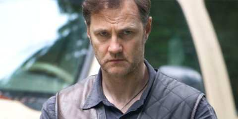 """David Morrissey joins the cast as the mysterious Governor of Woodbury in """"Walk With Me"""""""