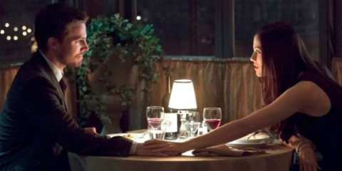 Oliver and Helena bond over an unexpected dinner together