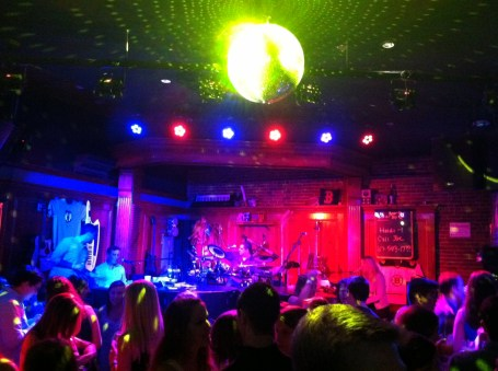 Rocking party at Howl at the Moon, where two pianists (and a few other instrumentalists) take requests and perform flawlessly.