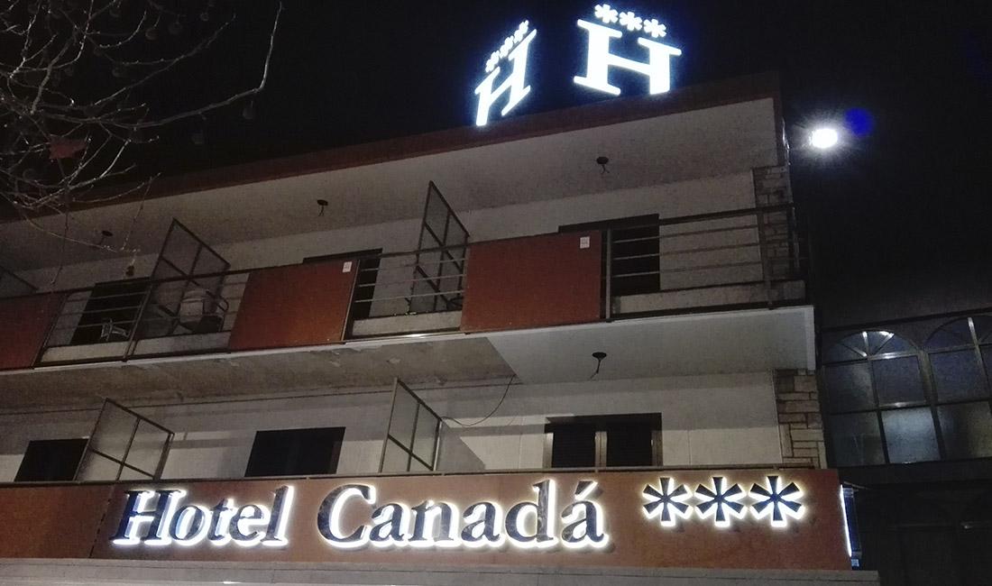 rotulo de hotel
