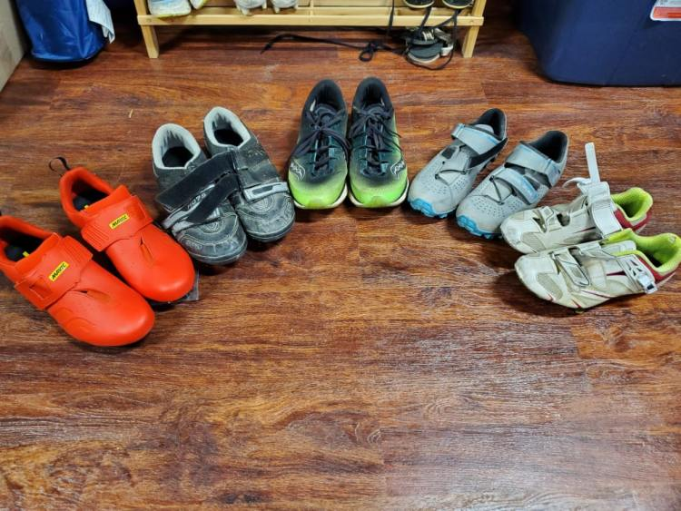 bikepacking shoes, bicycle touring shoes, bike shoes