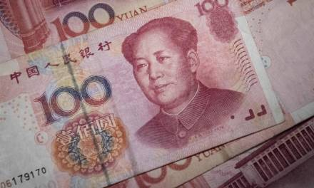 China Struggles to Steady Yuan's Decline