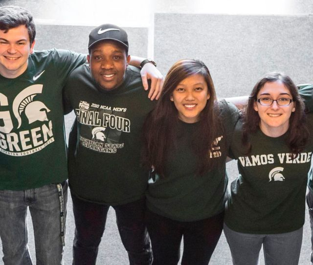 Photo Of Bld Undergraduate Students