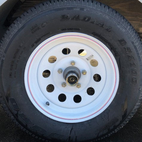 Clean Wheels and Tires | Fresno Mobile Detailing