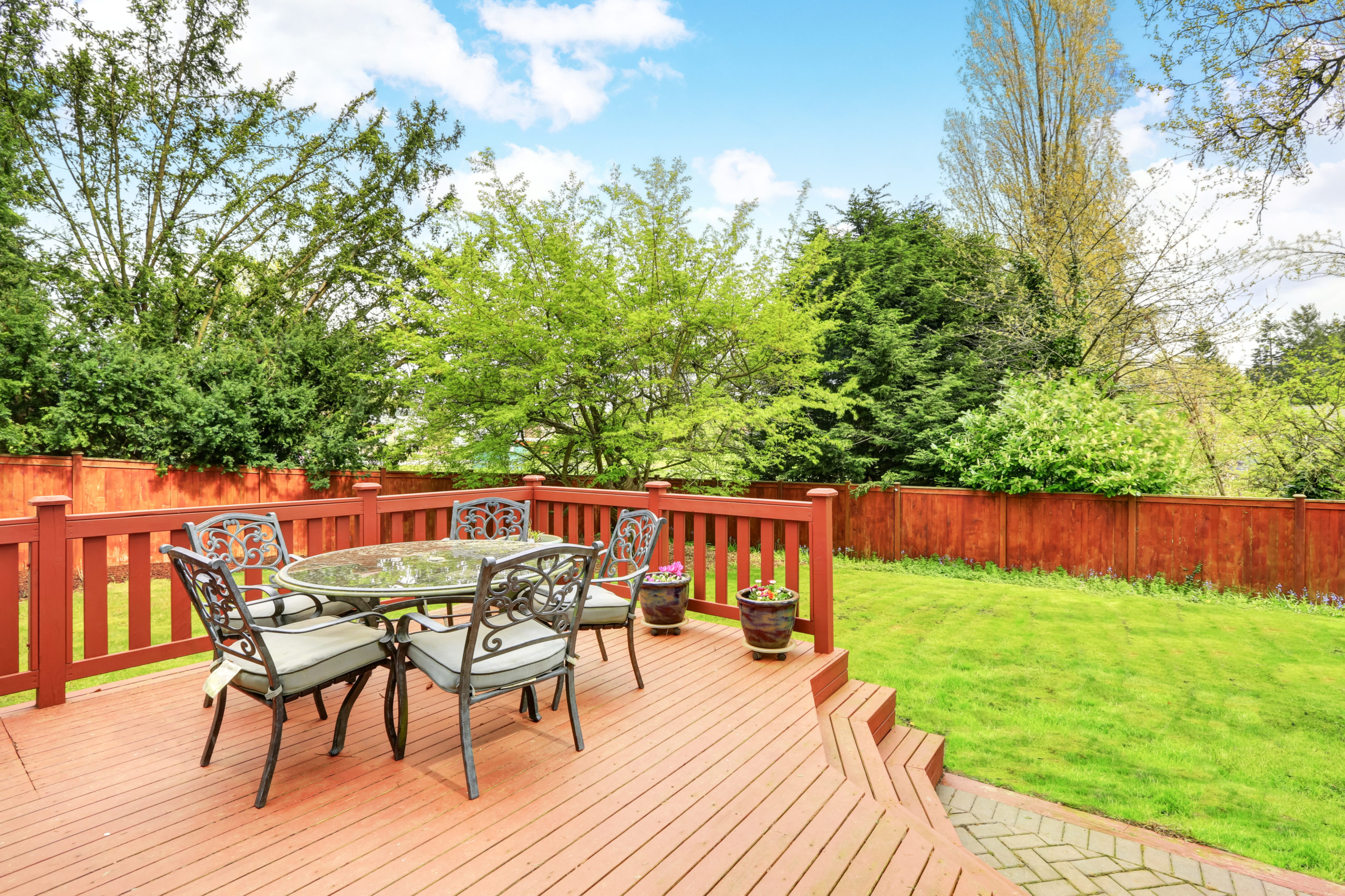 deck building and outdoor living space