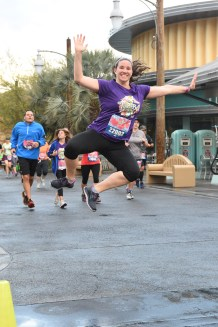 RUNDISNEY_DLRMARAACTION15_20160507_7680405562