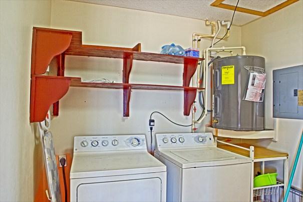 Gonzalez House - Laundry