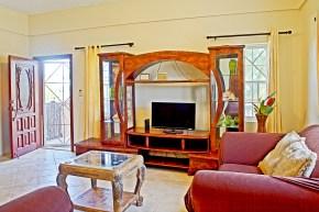 Gonzalez House - Living room