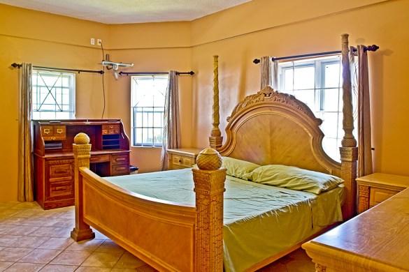 Gonzalez House - Master bedroom