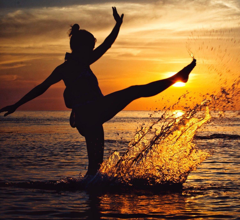 backlit-beach-dawn-dusk-227674