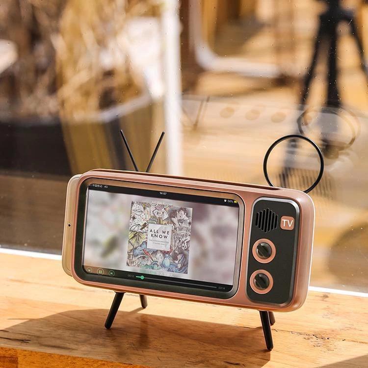 Retro Mini Wireless Speaker and Phone Holder2