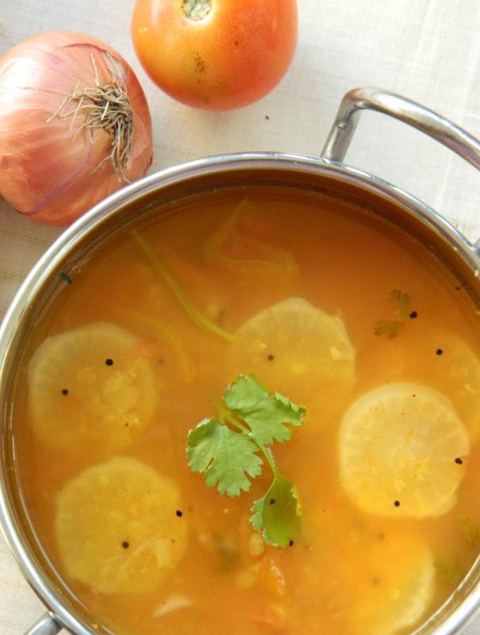 Radish Sambar / Stew ~ Mullangi Pulusu
