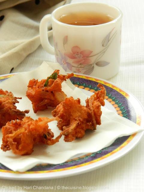 Pumpkin Pakoda / Fritters Recipe