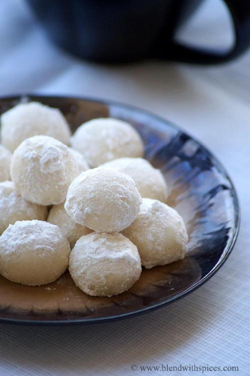 snowball cookies recipe, how to make snowball cookies recipe, recipe for melting moments