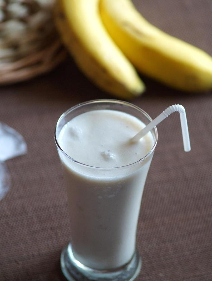 Banana Lassi Recipe – How to make Banana Lassi – Indian Yogurt Drink