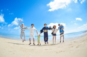 小浜島で家族写真