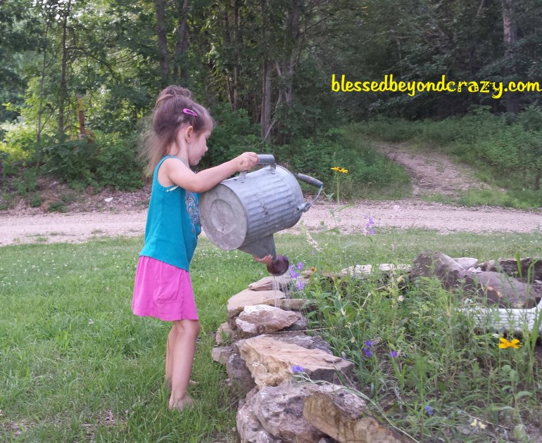 how to raise happy kids