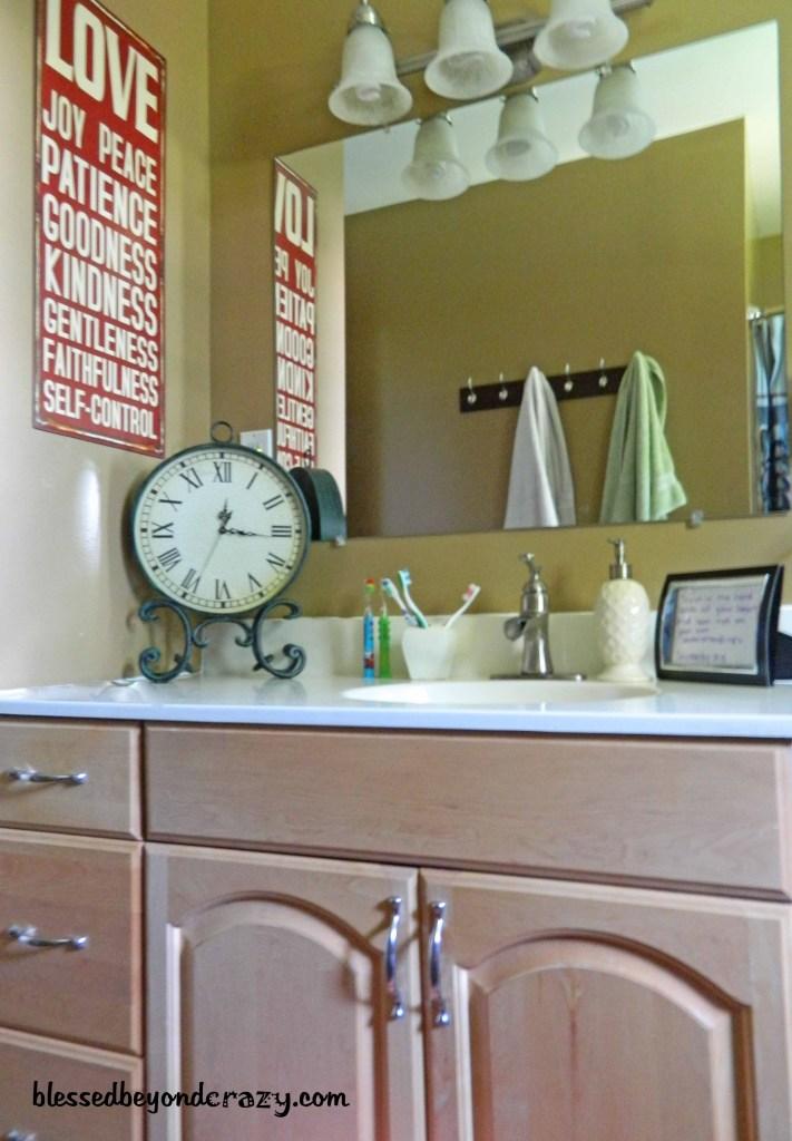 diy bathroom cleaners