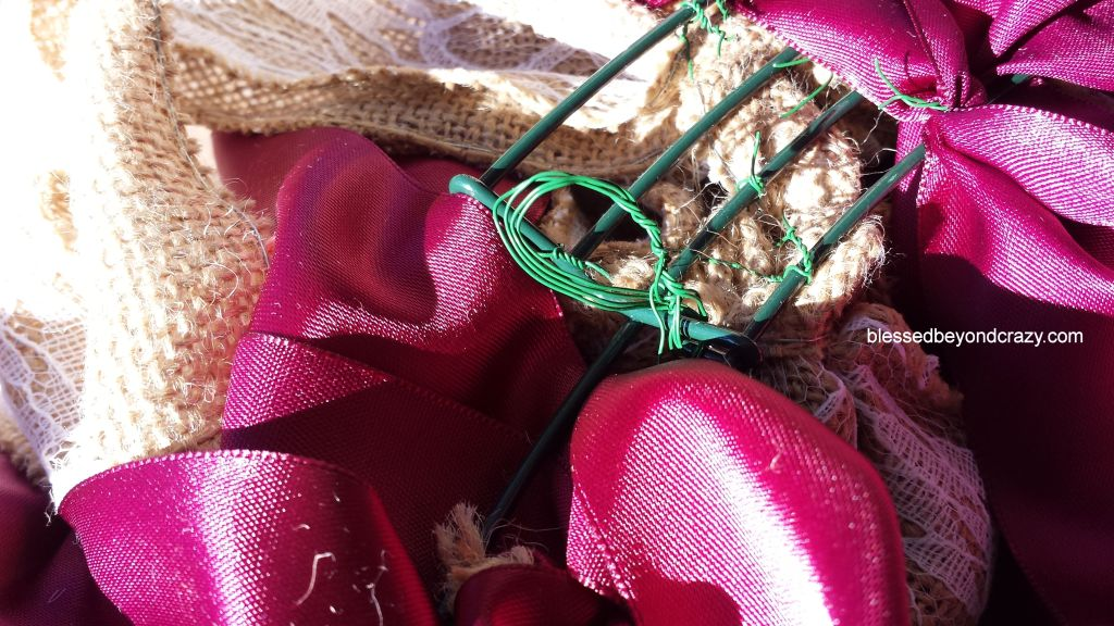 Burlap Wreath 17