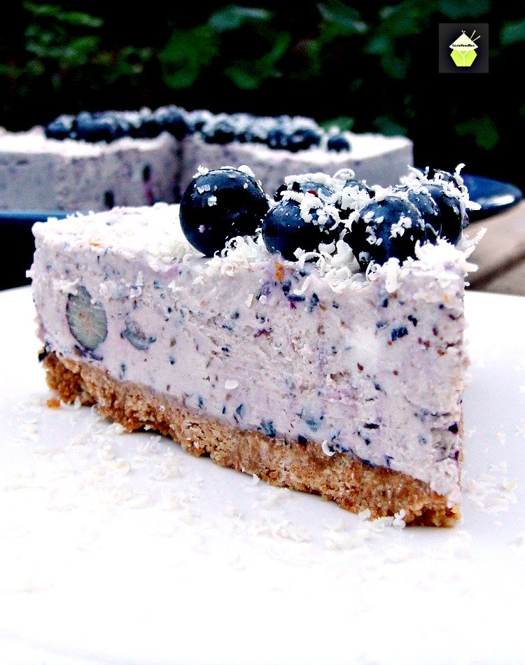 Blueberry-and-White-Chocolate-Cheesecake6