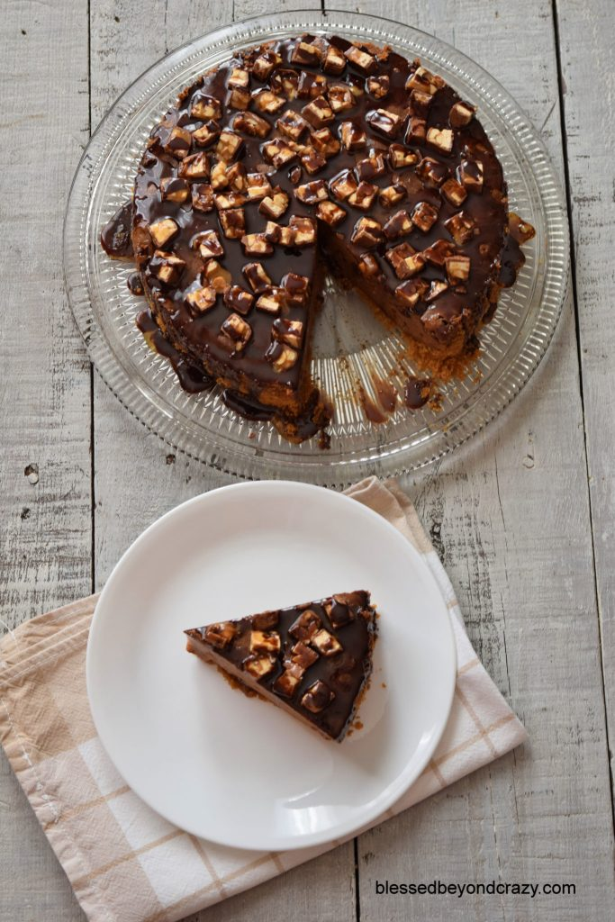 Snickers Cheesecake 9