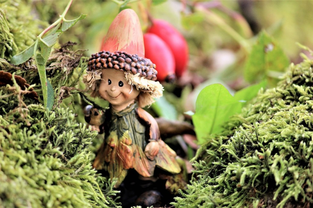 15 Ways To Turn Your Backyard Into A Life Size Enchanted
