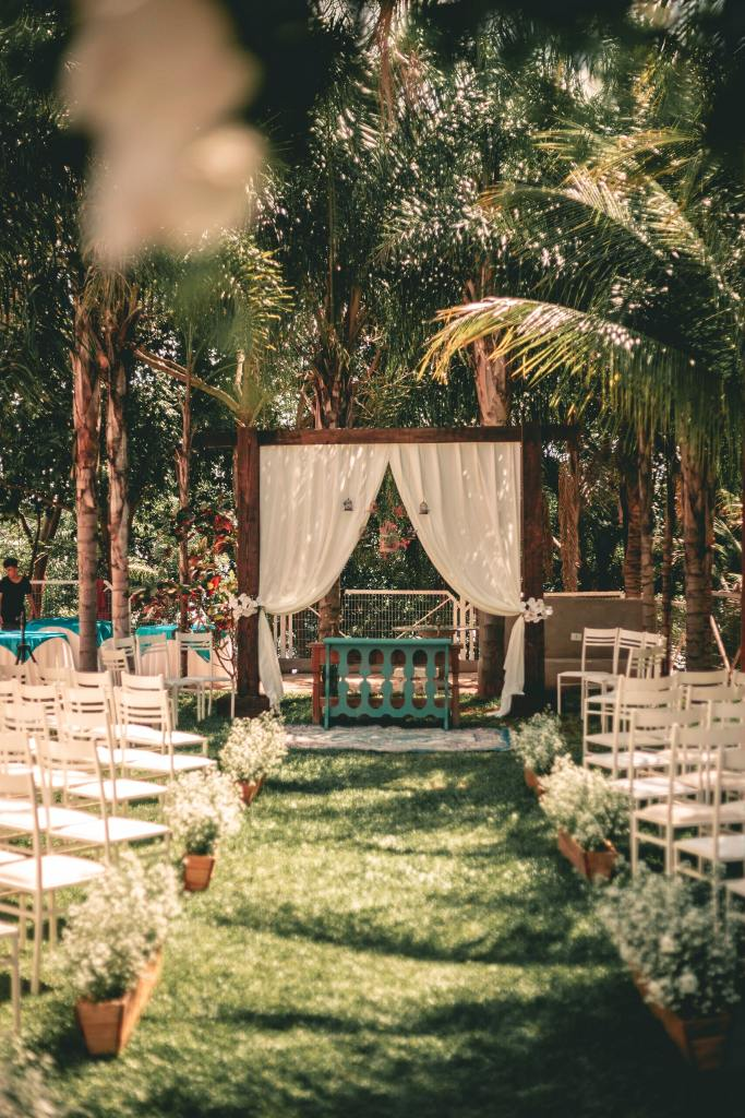 Romantic and dreamy ceremonial setting for wedding