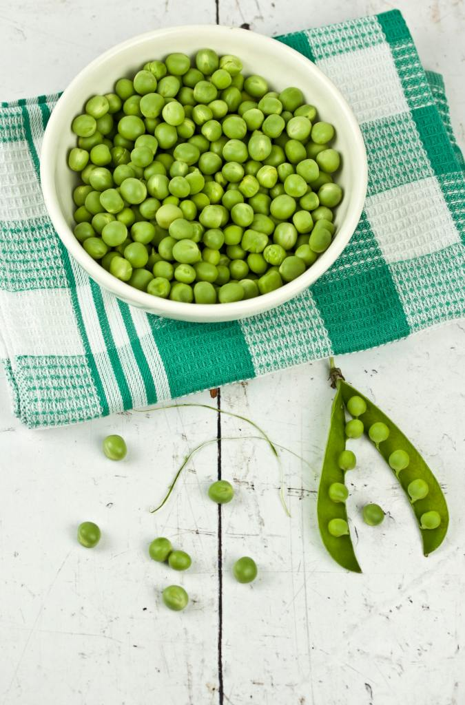 Fresh garden peas ready for 15 minute shrimp pasta meal