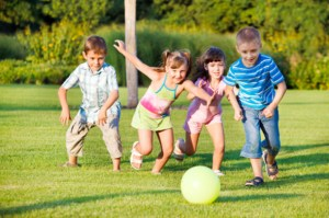 Kids in the Outdoors: The Benefits of Outdoor Playtime