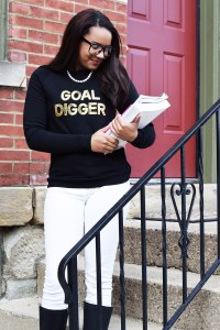 Prepping for Your Last Midterms + Goal Digger Sweatshirt
