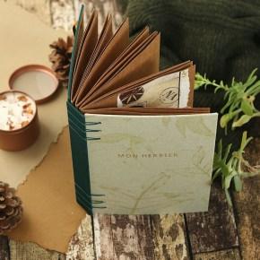 Herbier : Album artisanal composé de 24 feuilles kraft bien épaisses