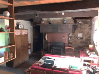 Maison d'Auriac, Pièce à vivre avant