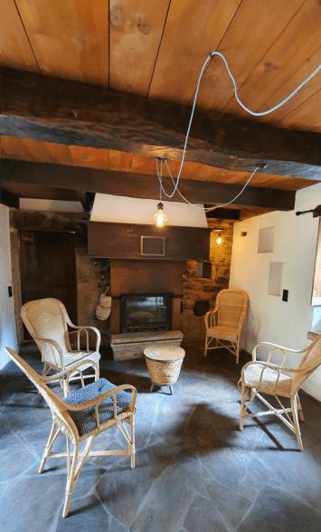 Maison d'Auriac, Pièce à vivre après