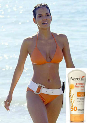 Halle Berry Jinx James Bond Bikini Aveeno
