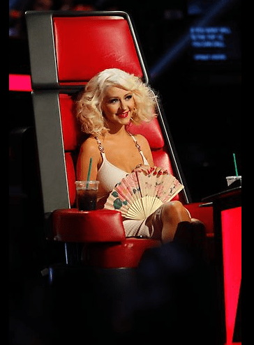 christina aquilera the voice hair november 4-2