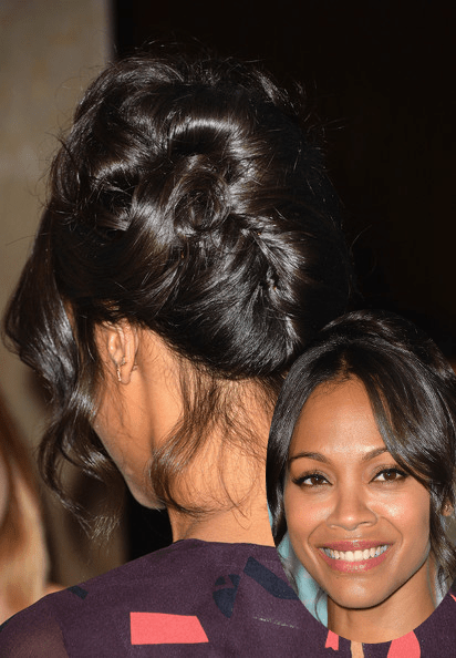 Zoe+Saldana+Arrivals+Step+Up+11th+Annual+Inspiration Chignon