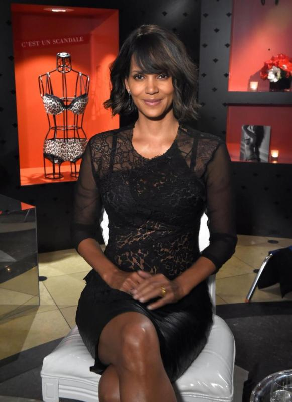 halle berry scandale lingerie launch paris target